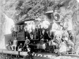 オーストラリアのケアンズのキュランダの蒸気機関車